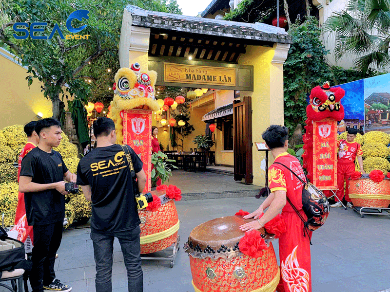 Su-Kien-Goi-Banh-Chung-Cung-Madame-Lan 3