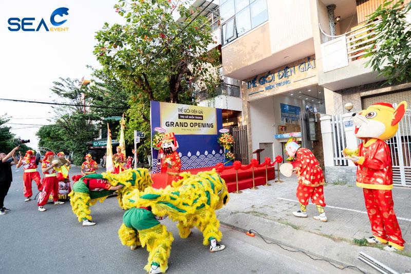 Khai-Truong-The-Gioi-Den-Giai-Chi-Nhanh-Da-Nang 6