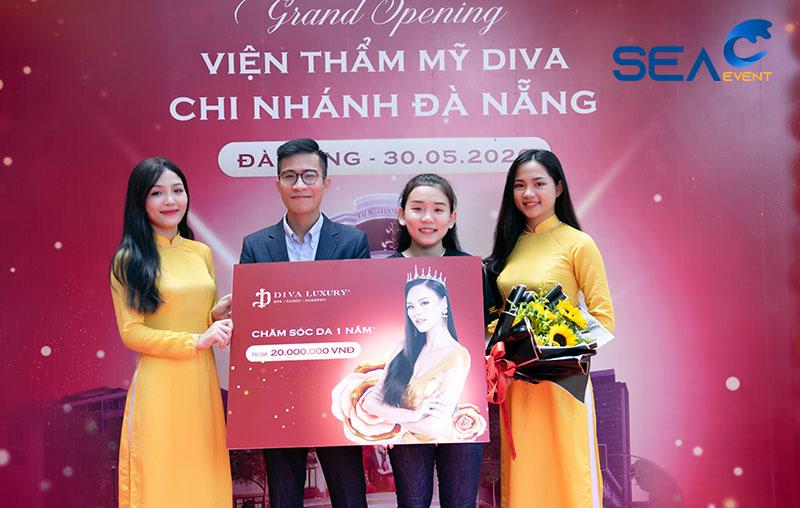 Khai-Truong-Vien-Tham-My-Diva-Da-Nang 26