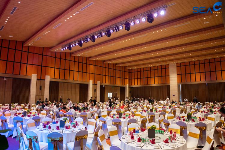 Dem-Gala-Dinner-Khai-Truong-Fullhouse-Da-Nang 13
