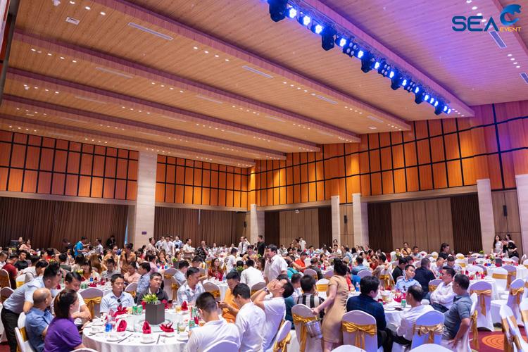 Dem-Gala-Dinner-Khai-Truong-Fullhouse-Da-Nang 18