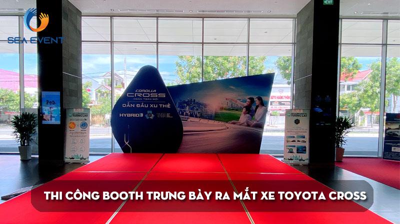thi-cong-booth-trung-bay-ra-mat-xe-toyota-cross