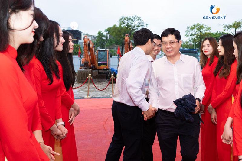 To-Chuc-Le-Khoi-Cong-Vuon-Tuong-Apec-Mo-Rong 14