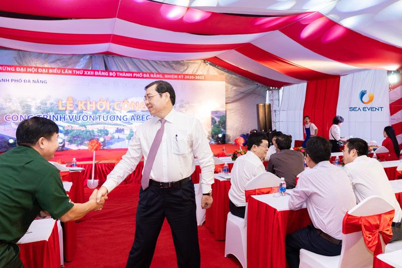 To-Chuc-Le-Khoi-Cong-Vuon-Tuong-Apec-Mo-Rong 16