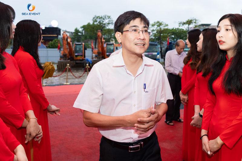 To-Chuc-Le-Khoi-Cong-Vuon-Tuong-Apec-Mo-Rong 19