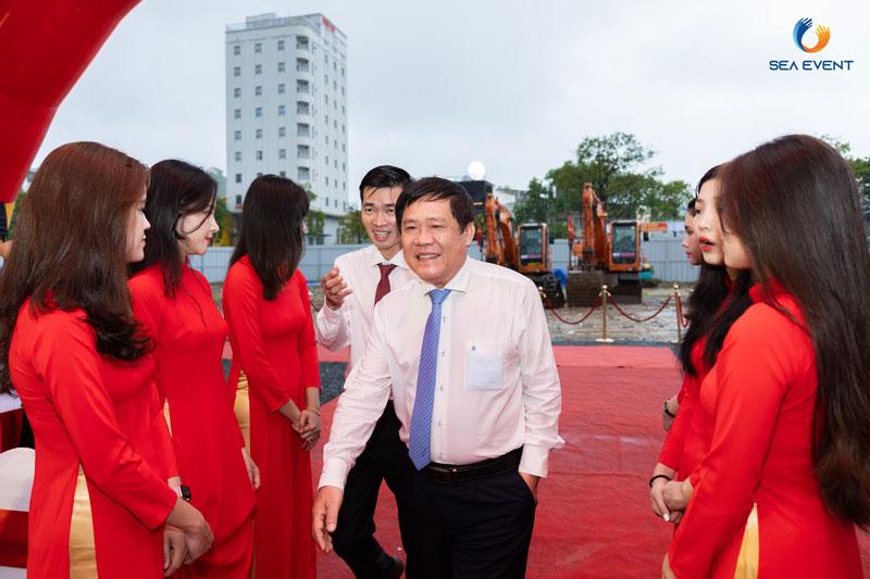 To-Chuc-Le-Khoi-Cong-Vuon-Tuong-Apec-Mo-Rong 21