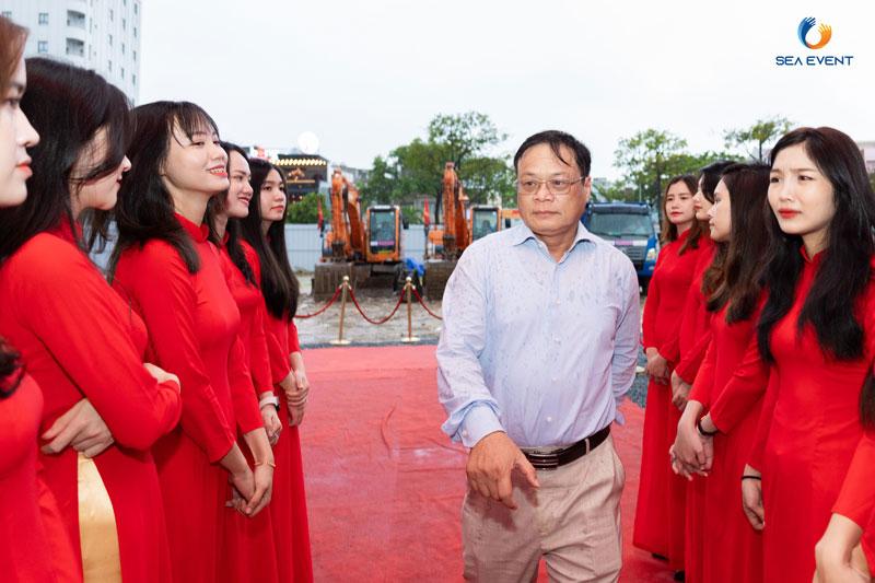 To-Chuc-Le-Khoi-Cong-Vuon-Tuong-Apec-Mo-Rong 23