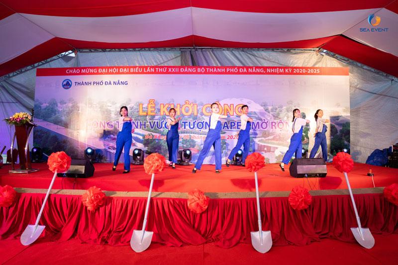 To-Chuc-Le-Khoi-Cong-Vuon-Tuong-Apec-Mo-Rong 30