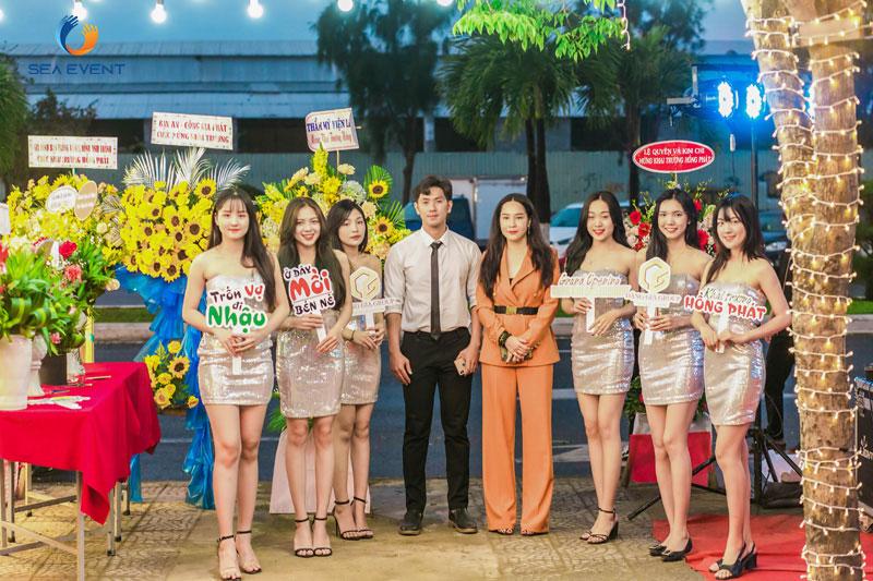 Khai-Truong-Nha-Hang-Dang-Gia-555-Nguyen-Tat-Thanh 22