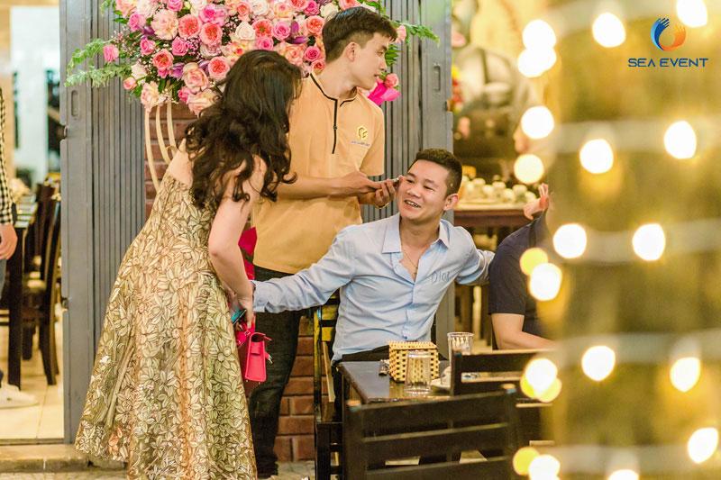 Khai-Truong-Nha-Hang-Dang-Gia-555-Nguyen-Tat-Thanh 28
