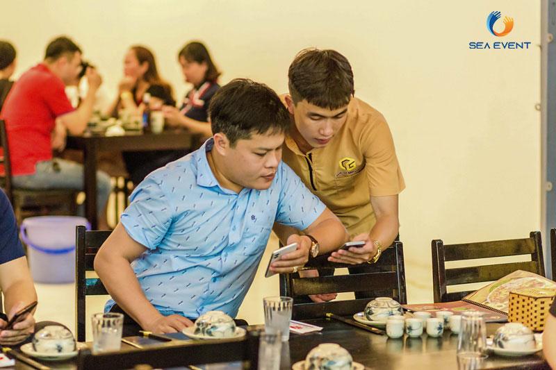 Khai-Truong-Nha-Hang-Dang-Gia-555-Nguyen-Tat-Thanh 29