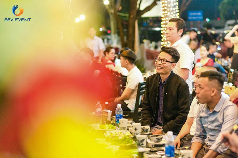 Khai-Truong-Nha-Hang-Dang-Gia-555-Nguyen-Tat-Thanh 31
