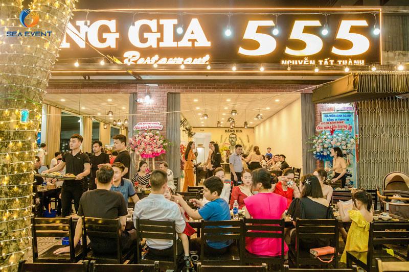Khai-Truong-Nha-Hang-Dang-Gia-555-Nguyen-Tat-Thanh 39