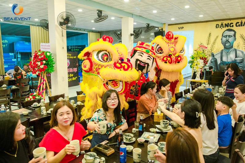 Khai-Truong-Nha-Hang-Dang-Gia-555-Nguyen-Tat-Thanh 45
