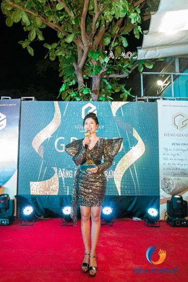 Khai-Truong-Nha-Hang-Dang-Gia-555-Nguyen-Tat-Thanh 49
