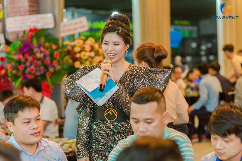 Khai-Truong-Nha-Hang-Dang-Gia-555-Nguyen-Tat-Thanh 54