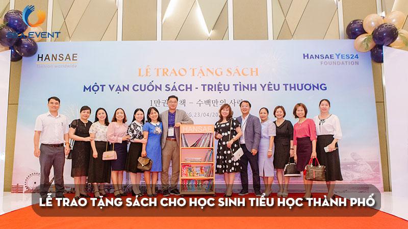 le-trao-tang-sach-mot-van-cuon-sach-trieu-tinh-yeu-thuong